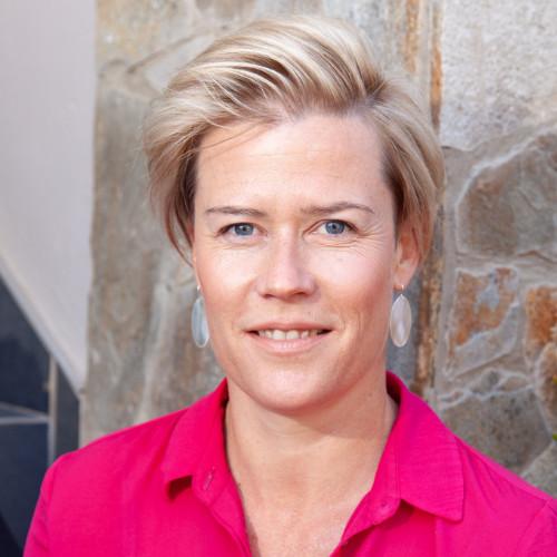 Tania van Wyk de Vries - Co founder & Head of business development at SuperbNode